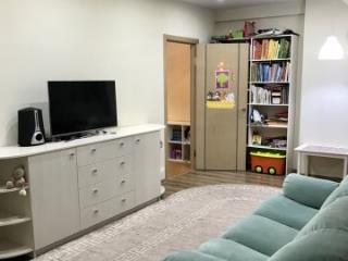Продажа квартир: 3-комнатная квартира, Киров, ул. Урицкого, 48, фото 1