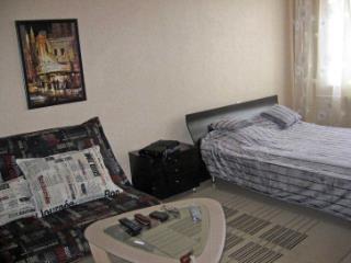 Снять 1 комнатную квартиру по адресу: Омск г проезд Гусарова 117