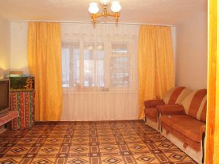 Продажа квартир: 2-комнатная квартира, Челябинская область, Чебаркуль, ул. Ленина, 44А, фото 1