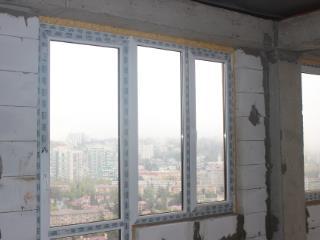Продажа квартир: 2-комнатная квартира, Краснодарский край, Сочи, ул. Цюрупы, 34, фото 1