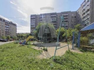 Продажа квартир: 4-комнатная квартира, Тюменская область, Тюмень, Фабричная ул., 11, фото 1