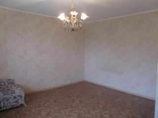 Продажа квартир: 1-комнатная квартира, Владимирская область, Александров, ул. Фабрика Калинина, 26, фото 1