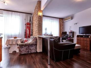 Продажа квартир: 1-комнатная квартира, Краснодар, ул. им Яна Полуяна, 26, фото 1