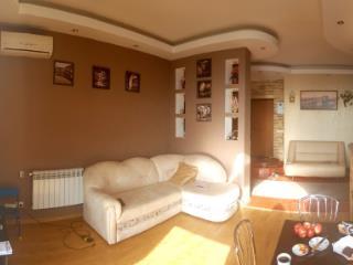 Продажа квартир: 4-комнатная квартира, Севастополь, ул. Кесаева Астана, 1, фото 1