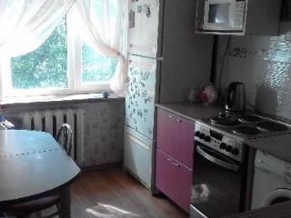 Снять 1 комнатную квартиру по адресу: Волжский г ул Энгельса 21