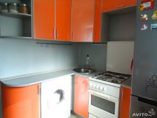 Продажа квартир: 2-комнатная квартира, Тульская область, Алексин, ул. Революции, 5б, фото 1