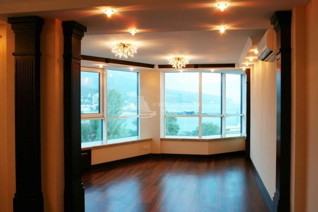 Панорамное окно в квартире фото.