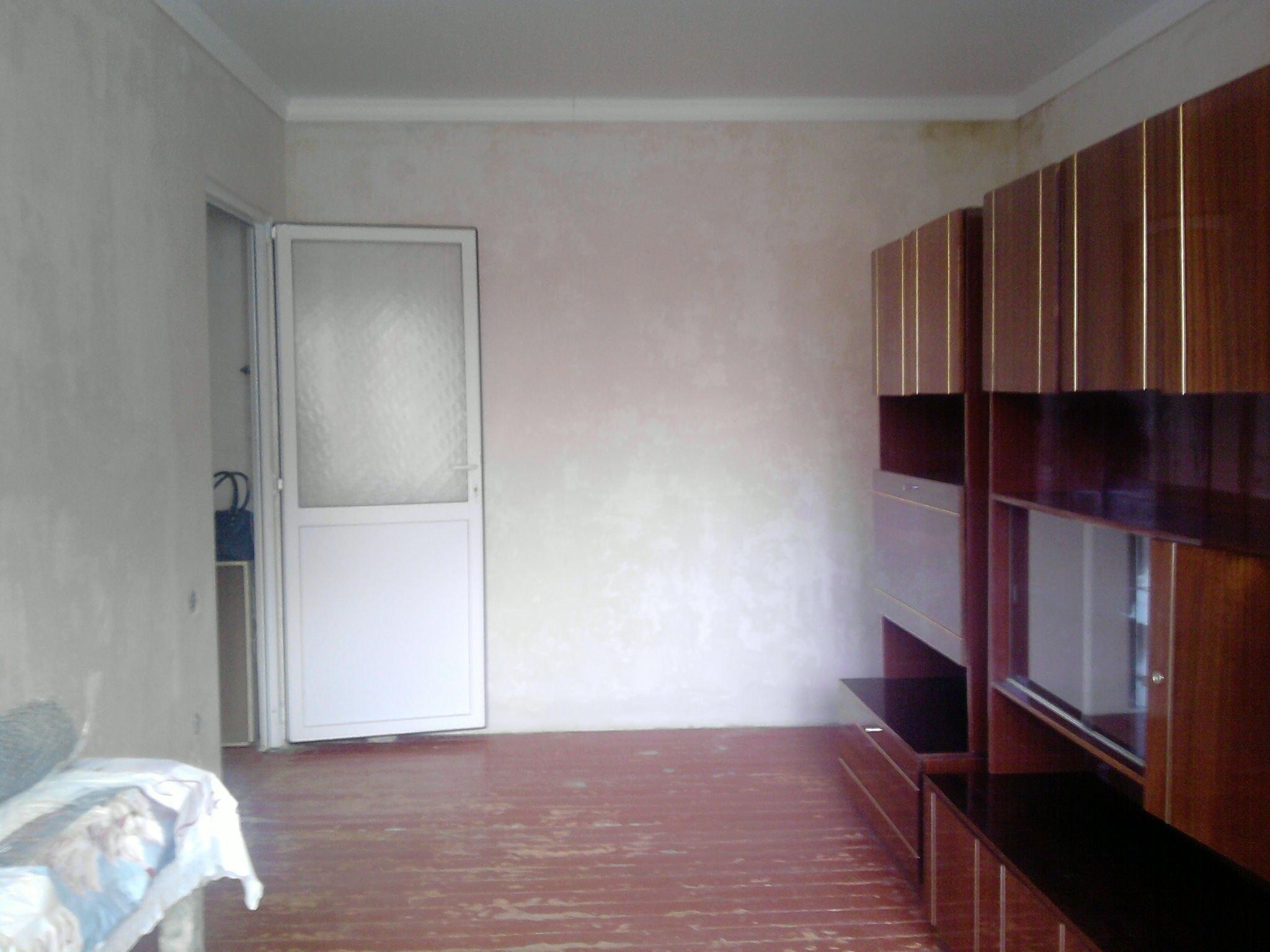 Фотографии двухкомнатной квартиры на продажу в Шахтах по адресу ...