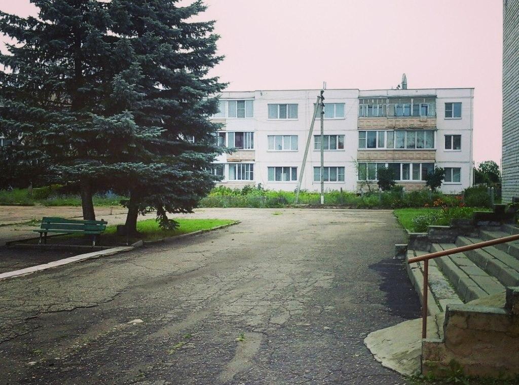 Продажа квартир: 2-комнатная квартира, Смоленская область, Смоленский р-н, д. Кощино, ул. Дружбы, 25, фото 1