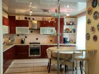 Продажа квартир: 3-комнатная квартира, Калининград, ул. Толбухина, 6, фото 1