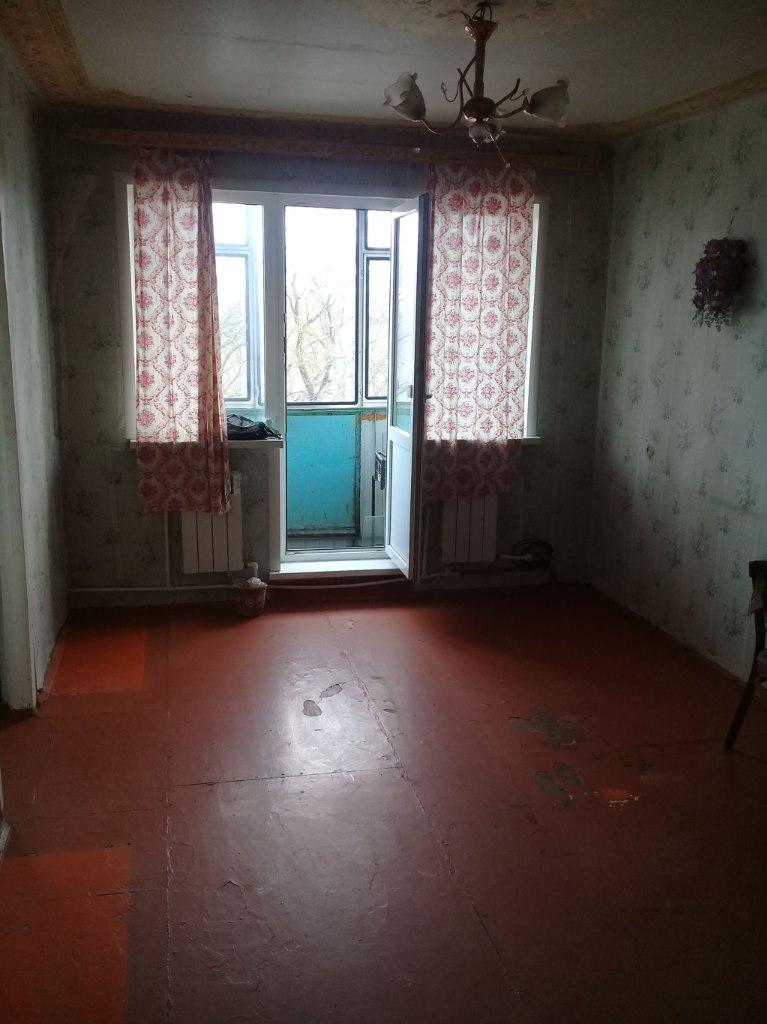 Продается двухкомнатная квартира за 900 000 рублей. обл Орловская, г Мценск, ул Гагарина, дом 85.