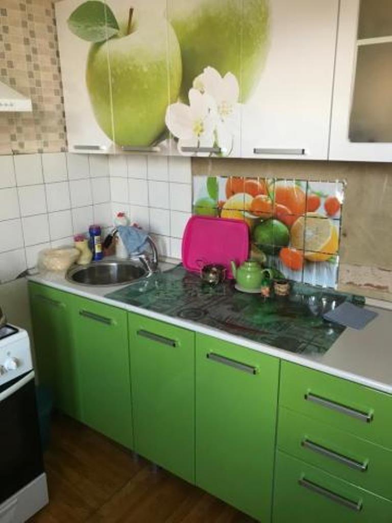 Продается однокомнатная квартира за 3 100 000 рублей. г Москва, поселение Киевский, рп Киевский, д 15.